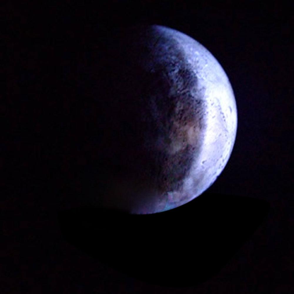 Moon Lights Bedroom: LED Wall Romantic Nightlight Healing Moon Lamp + Remote